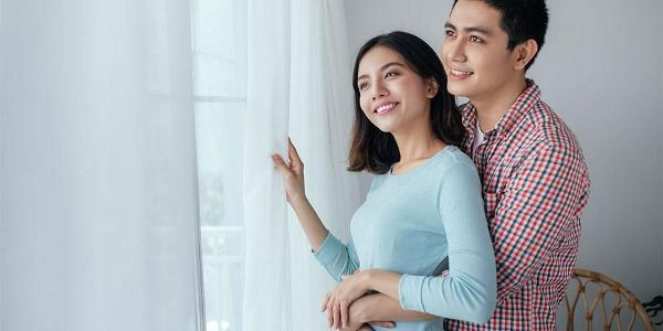 tips-menjadi-pasangan-romantis-agar-hubungan-tetap-awet-1588066655.jpg